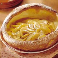 Apfelpfannkuchen – German Apple Pancake