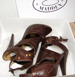 Fall 2008 Trends: Gladiators!