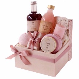 """The Pink Bath Basket"" – Help Support Breast Cancer Awareness"