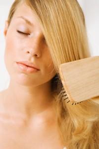 hair_brushing