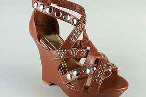 Summer Shoe Trends: Studs On Shoes!
