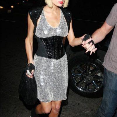 Celebrity Fashion: Paris Hilton