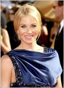 Get Emmy Nominee Christina Applegate's Vintage Glamour Look