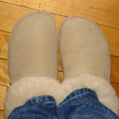 Today's Outfit: FitFlop Billow Mules in Camel