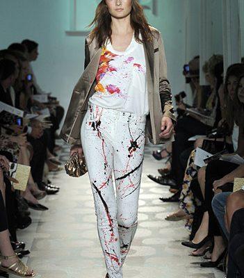 Diane von Furstenberg's Resort 2010= Summer Outfit Ideas!