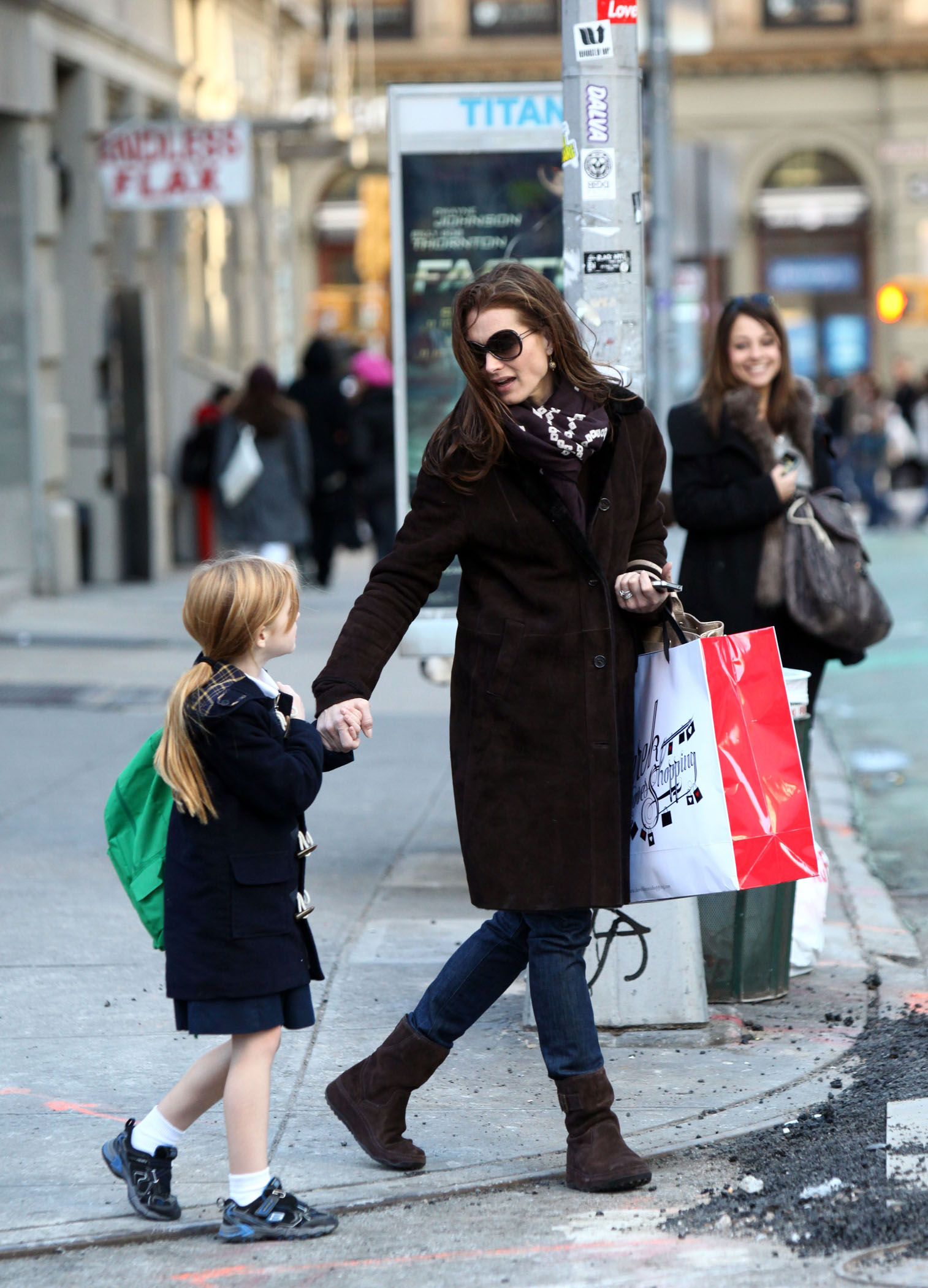 Celebrity Fashion Brooke Shields In Fitflop The