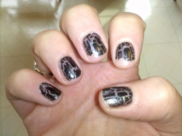 Crackle & Shatter Nail Polish Trend