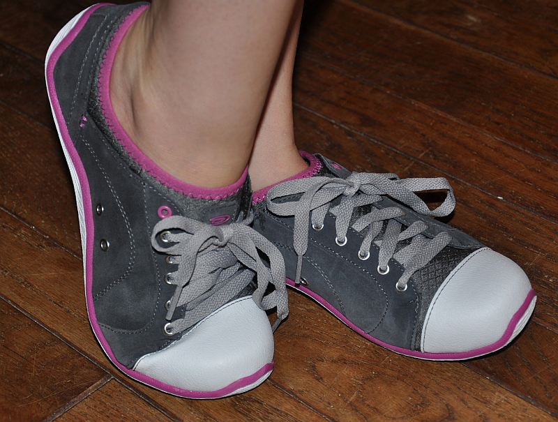 Dr. Schollu0026#39;s Shoes Jamie Trainer Sneakers Review - The Fashionable Housewife