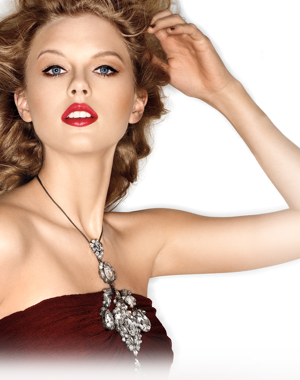 Get The Look Taylor Swift For Covergirl The Fashionable Housewife