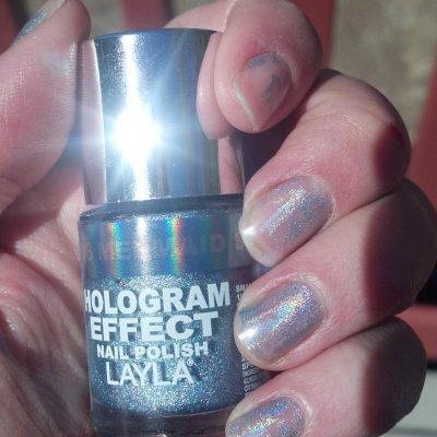 Nails: Layla Hologram Effect 'Mermaid Spell' Nail Polish