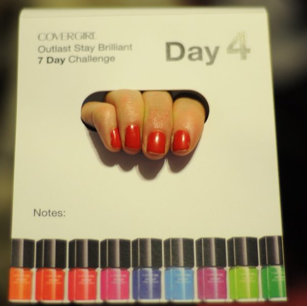 COVERGIRL Outlast Stay Brilliant Nail Gloss 7 Day Challenge