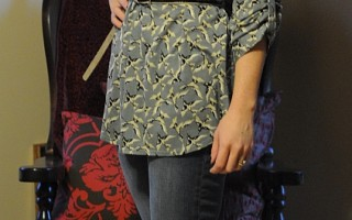 Today's Outfit: Sparrow Bird Print Top