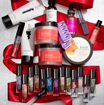 "Enter to Win Julep's ""Big Red Bow"" Nail Gift Set!"