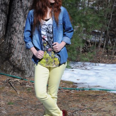 Outfit Ideas: Neon Jeans with Oxfords