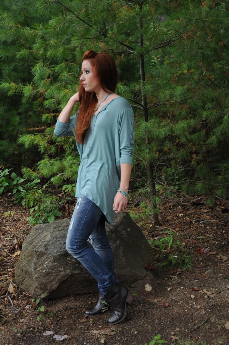 Rock & Republic Distressed Jeans