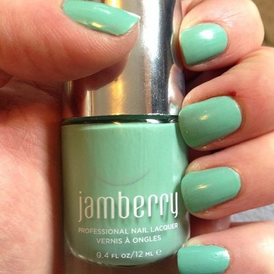 Spring Fashion Trends: Minty Greens & Cool Blues