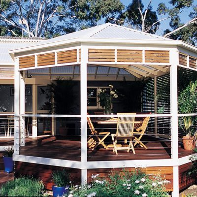Entertaining Outside Your New Pergola