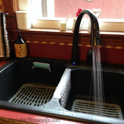 3 Reasons to Allow a Professional to Install Your New Kitchen Faucet