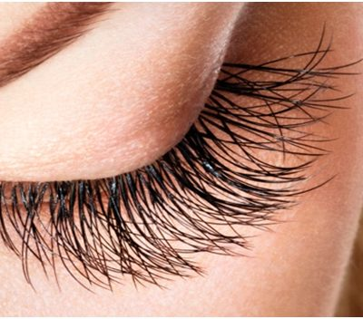 How to Choose the Best Eyelash Growth Enhancer