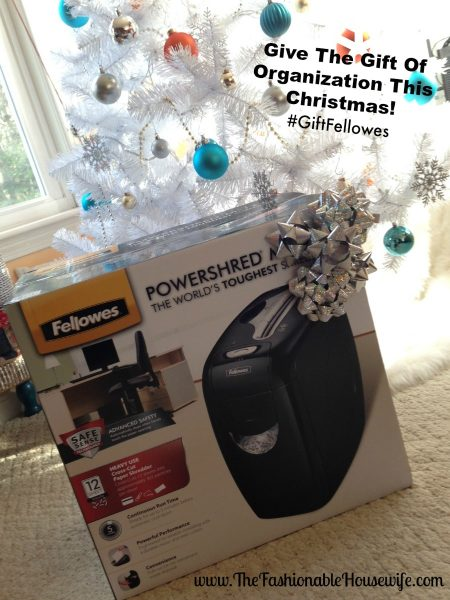 Give The Gift Of Organization This Christmas! #GiftFellowes