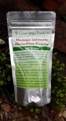 green moringa powder