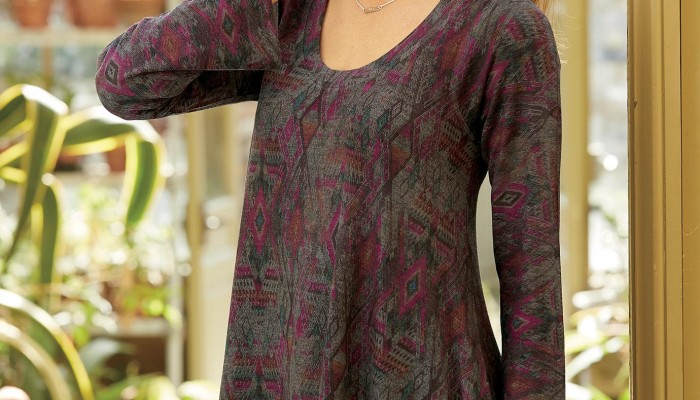 Winter Fashion: Marsala Diamond Print Knit Tunic