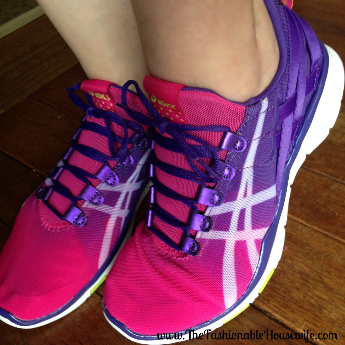 purple asics trainers shoes