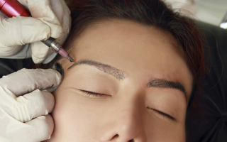 Permanent Makeup: Are Eyebrow Tattoos a Good Idea?
