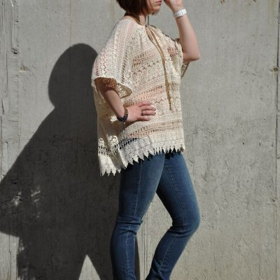 Today's Outfit: Cabi Capri Top & Destructed Jeans