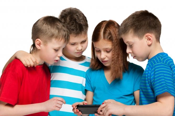 Kids Smartphone Usage