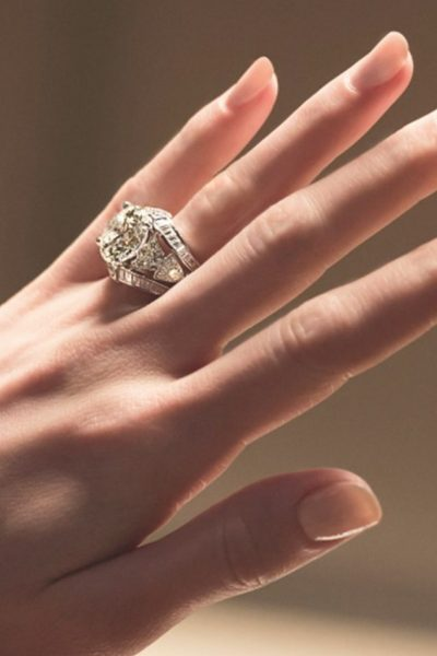 Should You Sell Your Diamond Engagement Ring Online?