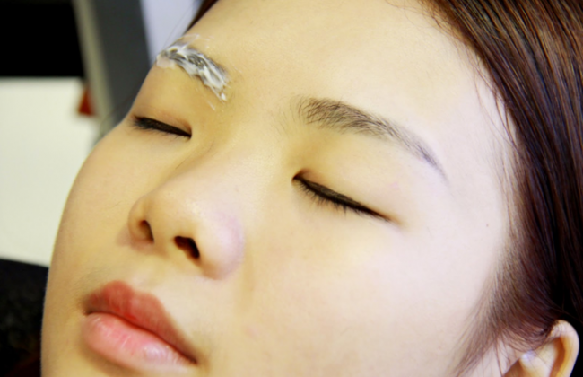Delicate Artistic Attention for Painless Eyebrow Embroidery