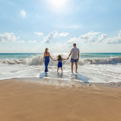 Ridiculously Easy Ways to Save Money on Your Family Vacation