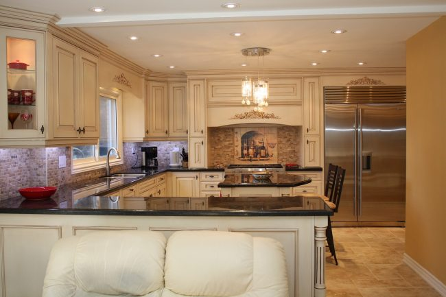 Ways to Keep Your Kitchen Remodeling Project in Budget