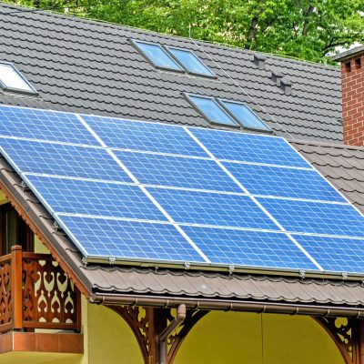 4 Reasons You Should Switch To Solar Power