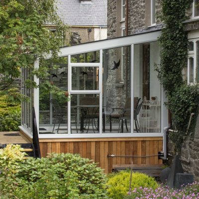 Home Reno: Consider A Sunroom or Conservatory For Extra Space
