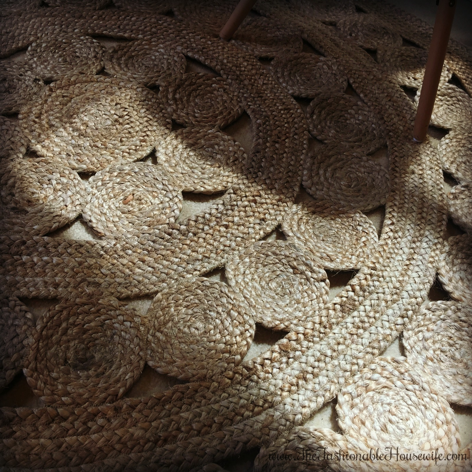 Serena Lily Love The Burlap Look Of The: Home Decor: Bedroom Update With Serena & Lily Jute Rug