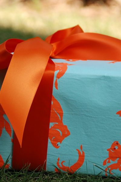 Avoiding a Gift-Giving Faux Pas: Finding the Perfect Present