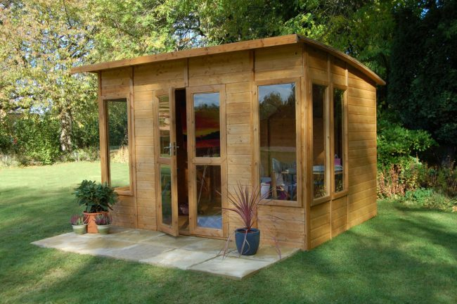 Enhance Your Backyard Garden With A Summerhouse