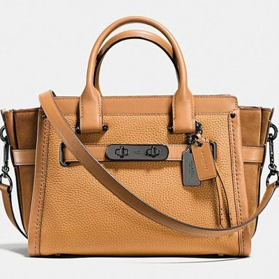 COACH's Fall Sales Event Is Here! Up to 30% Off + Free Shipping!