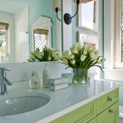 4 Tips For Redecorating Your Bathroom