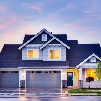 Home Life: 3 Tips For Repairing Your Garage Door