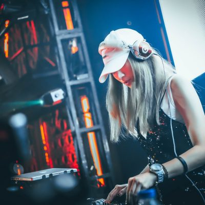 Hiring an Amateur DJ for Your Event: A Recipe for Disaster!