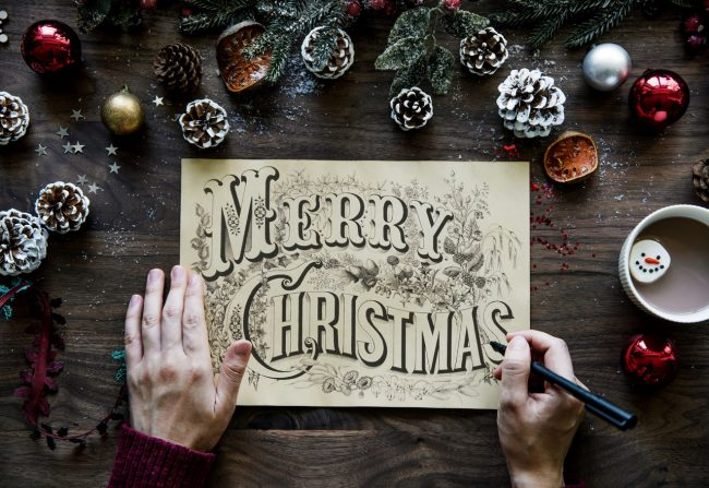 Why You Should Send Christmas Cards by Email This Year