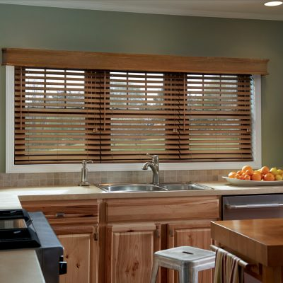Home Decor – Why You Need Roller Blinds and Wooden Shades