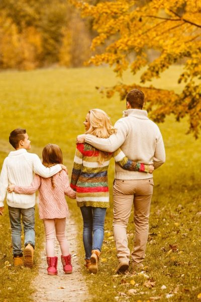 What to Wear (and Not to Wear) in Family Photos