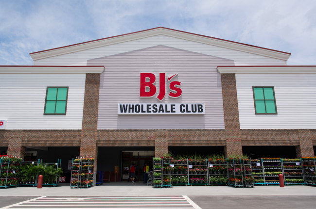 Bj s wholesale club in manchester nh is opening march 17th for Craft stores manchester nh