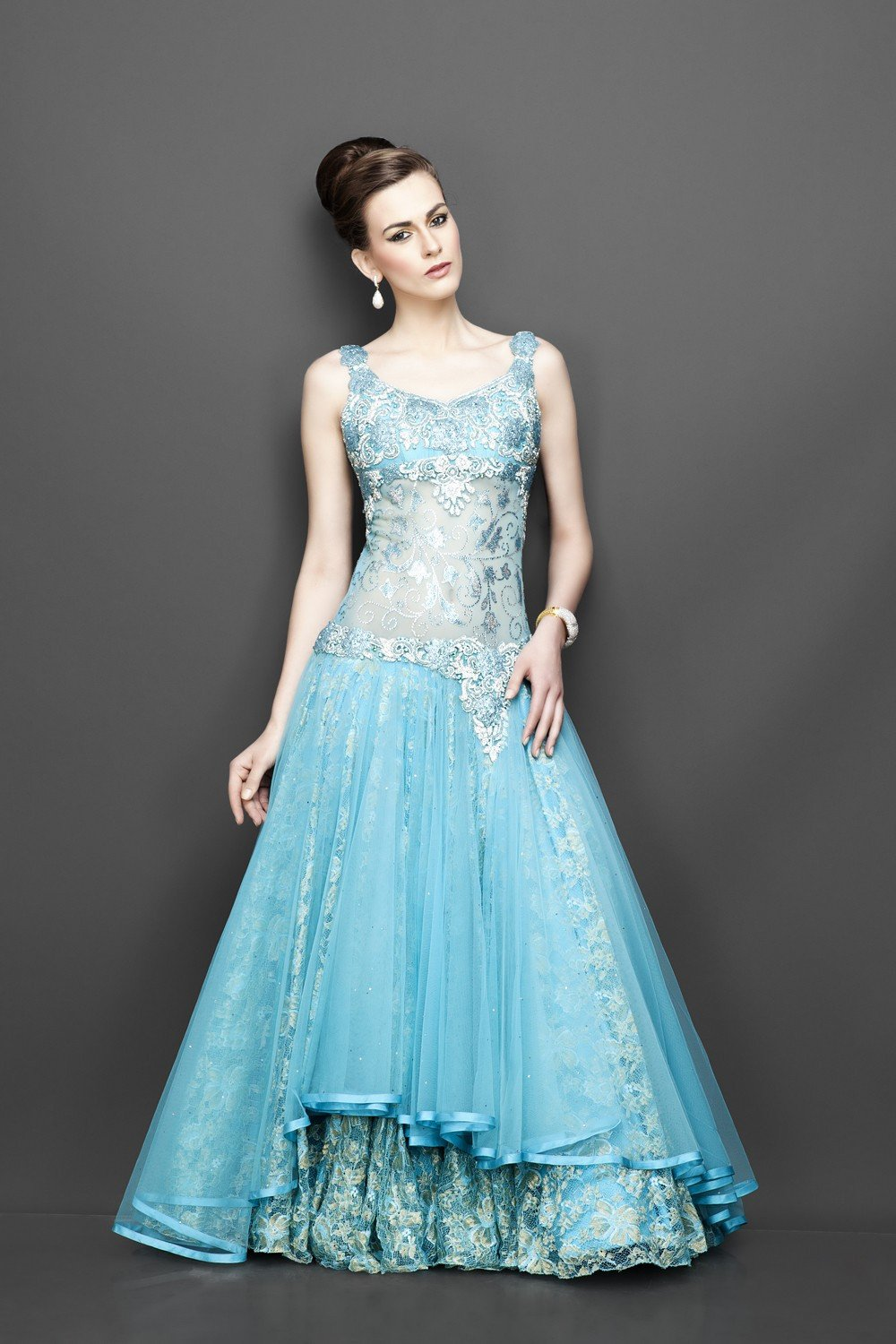 Best Tips To Opt For Indo-Western Gown For Wedding! - The ...