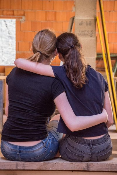 5 Ways to Help a Friend in Trouble