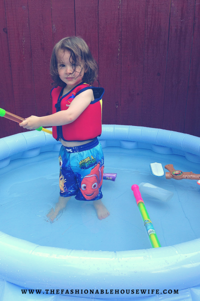 kiddy pool life jacket safety
